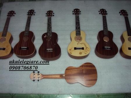 ukulele 04